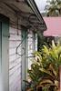 Kreolische Architektur in Entre-Deux (La Réunion) (Filotte) Tags: laréunion 974 france dom entredeux kreolisch haus architektur holzhaus palme kunstvoll exotisch tropisch