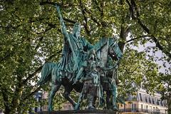 """Statue """"Charlemagne et ses Leudes"""" (Est. 1882) - Notre Dame de Paris/FR (About Pixels) Tags: 0504 10001500ac 18001900ac 19eeeuw 2017 4earrondissement aboutpixels fr france frankrijk iledefrance latemiddeleeuwen latemiddleages lenteseizoen mnd05 middeleeuwen notredame notredamedeparis ourladyofparis parijs paris parisianregion springseason activiteit activity agenda algemeen anno1163 anno1882 appliedart appliedarts architecture architectuur art beeld beeldendekunst beeldhouwkunst bekendpersoon bezienswaardigheid building cathedraal collecties famousperson gebouw historicalbuilding historicalsite historie historischbouwwerk historischelokatie kunst long19thcentury medieval mei people placeofinterest sculpture sight statue stedelijk toegepastekunst urban visualarts ãledefrance région parisienne"""