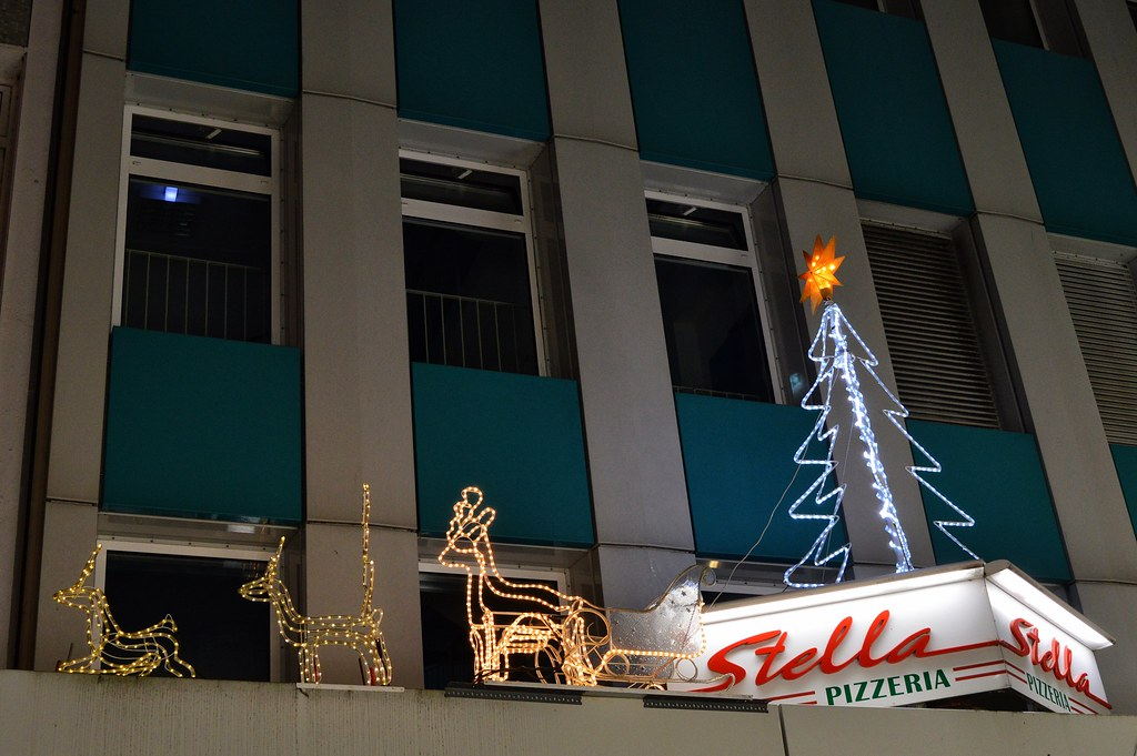 The World\'s Best Photos of decoration and pizzeria - Flickr Hive Mind