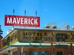 Maverick (jimsawthat) Tags: diner motel vintagemotel smalltown lander wyoming