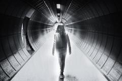 Otra dimension. (Ramirez de Gea) Tags: london londres underground metro tokinaaf1224mmf4