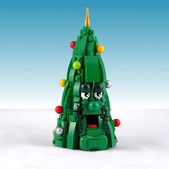 Christmas Tree (Swan Dutchman) Tags: lego christmas eurobricksxmasraffle 2017 christmastree character