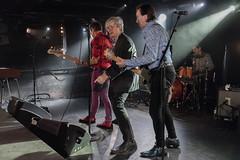 2017/12/05 21h33 The Fleshtones, concert à l'Iboat (Valéry Hugotte) Tags: 24105 bordeaux fleshtones fox iboat keithstreng kenfox peterzaremba streng thefleshtones zaremba canon canon5d canon5dmarkiv concert musique noiretblanc rock