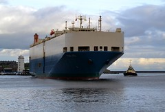 Pearl Ace. Tyne 141117 (silvermop) Tags: ship boats ships sea carcarriers vehiclecarriers roro port river tyne pearlace