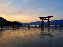 2017-11-21_09-29-17 (jumppoint5) Tags: hiroshima reflection skies clouds mountain japan dusk orange shrine miyajima itsukushima