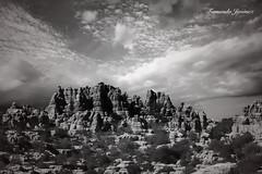 El Torcal (alanchanflor) Tags: canon el torcal antequera málaga andalucía españa karts sierra dolinas cielo nubes bn bw hdr caliza formas