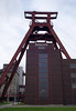 2017-11-23 11-27 Ruhrgebiet 132 Essen, Zeche Zollverein (Allie_Caulfield) Tags: foto photo image picture bild flickr high resolution hires jpg jpeg geotagged geo stockphoto cc sony rx100ii 2 2017 herbst ruhrgebiet nrw nordrheinwestfalen essen dortmund stadt altstadt industrie kohlenpott zeche zollverein tagebau förderturm kokerei koks bergbau mining industry