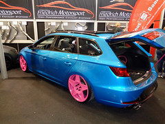 Seat Leon ST (911gt2rs) Tags: messe event show ems tuning tief low slammed stance custom airride airlift kombi cupra blau blue 5f fr iii