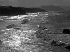 Maretón (Sonia Fdez) Tags: flickr mar oceanliving landscape waves sky wind surf nature naturephotography sea beach sunset basquecountry beachlife vizcaya sopelana monochrome