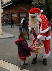 Le Père Noël existe vraiment (Missfujii) Tags: pèrenoël noël
