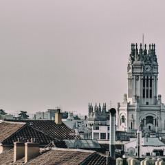 ... Madrid ... (Lanpernas .) Tags: skyline madrid mañana tejados urbanite urban city torre tower architecture building verano