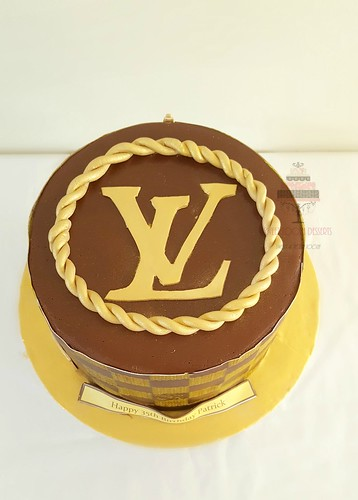 Fabulous Lv 35Th Birthday Cake A Photo On Flickriver Funny Birthday Cards Online Hetedamsfinfo
