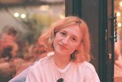 Shades of warmth. (Fiona de Basquiat.) Tags: argentique analog analogue analogphotography analogfilm analogroll analogcamera canonae1 ishootfilm istillshotfilm istillshootfilm 35mm 35mmfilm 35mmphotography 35mmphotogpraphy filmroll filmphotography filmisnotdead filmfeed filmcommunity girl girlsonfilm girlonfilm
