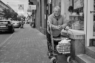 Mannheim Street Mann 192 b&w
