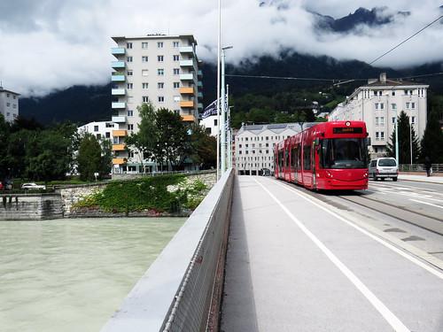 068 - 17-09-05 Innsbruck Universitätsbrücke Tw 320