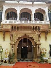 Ram Nagar Fort 4 - inner courtyard (juggadery) Tags: 2015 india uttarpradesh varanasi benares banaras kashi cityoflight architecture building puccahouse ornament