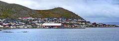 2016-09-02 05 Kreuzfahrt Norwegen, vor Honningsvag (kaianderkiste) Tags: norwegen norway panorama panoramic honningsvag berge mountains küste shore