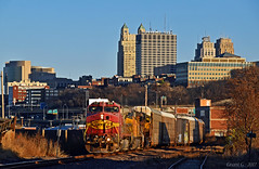 """Northbound Auto Train in Kansas City, MO (""""Righteous"""" Grant G.) Tags: bnsf atsf santa fe ge up union pacific railroad railway locomotive west north northbound kansas city missouri"""