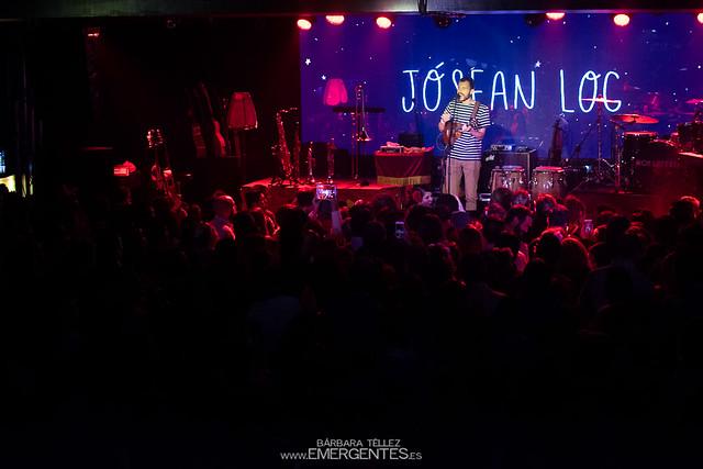 Josean Log y Mon Laferte - Mon Live (1)-1
