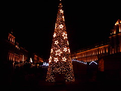 Place St Sauveur - Caen (pyc14000) Tags: sapin noël place caen calvados 14 normandie lumière illuminations