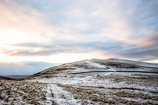 snow_on_sale_fell_0313-5