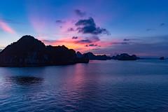 Untitled (Chang Tai Jyun) Tags: vietnam hanoi halongbay ocean sea bay nightlife night nightview