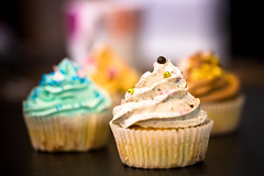 Cupcakes (Zeeyolq Photography) Tags: pastry cake cupcake food