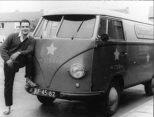 "RF-45-82 Volkswagen Transporter bestelwagen 1957 • <a style=""font-size:0.8em;"" href=""http://www.flickr.com/photos/33170035@N02/24630468198/"" target=""_blank"">View on Flickr</a>"