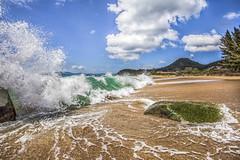 Estaleiro Beach (rqserra) Tags: wave beach clouds splash ondas praia nuvens colorido camboriú rqserra brazil