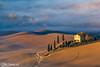 toscana4R-7 (Stanislav Don Simon) Tags: agro castle cloud fog italy sky sunrise sunset true tuscany деревня дерево закат замок италия небо облака пашня поле рассвет тоскана
