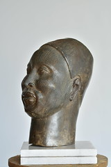 1C807ED9-DFF5-4631-A47D-C9B1DD15D512 (Klaus S. Henning) Tags: 4 continents collection native fine art klausshenning klaus s henning bronze 360 degrees princeife benin