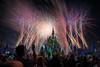 After (TheTimeTheSpace) Tags: waltdisneyworld disneyworld disney magickingdom cinderellacastle fireworks happilyeverafter nikond810 nikon247028