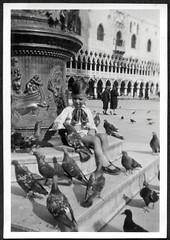 "Archiv O217 ""Am Markusplatz"", Venedig, Juni 1930 (Hans-Michael Tappen) Tags: archivhansmichaeltappen venedig venezia italien geschichte kultur history architektur 1930 1930er 1930s markusplatz dom"