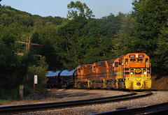 END OF THE DAY (skuat-2) Tags: punxy buffalopittsburgh bp sd45 locomotive riker jbri gw pennsylvania emd