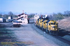 (SEE & HEAR)---ATSF 5124, Mountainair, NM. 4-22-1997 (jackdk) Tags: train railroad railway locomotive emdsd40 emdsd402 sd40 sd402 santafe atsf station standardcab stacktrain trainstation mountainair mountainairnewmexico seeandhear seehear bnsf