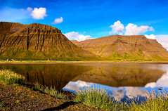 Landscape Iceland! (ost_jean) Tags: iceland ostjean clouds nuage couleurs composition europe nature houses reflections ijsland