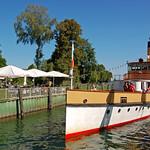 Prien am Chiemsee - Hafen (12) - Raddampfer »Ludwig Fessler« läuft in den Hafen von Prien ein thumbnail