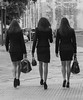 La donna e la sua borsa (emilype) Tags: img07761 bn bnvitadistrada blancoynegro blackwhitephotos blackandwhite woman people duomo attimi chic lecce girl