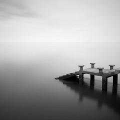 DSC_01281 (pattana92392) Tags: bridge blackwhite seawave sea longexposure sunset coast minimal