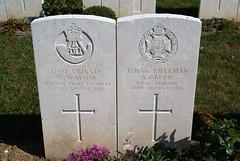 W. Watson, Durham Light Infantry & A. Green, Rifle Brigade, War Grave, 1915, Le Treport (PaulHP) Tags: cwgc world war france one ww1 grave headstone letreport militarycemetery servicenumber bn battalion regt regiment private w william watson 11881 10th august 1915 dli durham light infantry mary willington rifleman a alfred green s7856 12th c coy company 8th rifle brigade john camberwell military