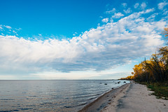 Lake of the Woods Beach at Zippel Bay State Park, Minnesota (Tony Webster) Tags: lakeofthewoods minnesota october zippelbay zippelbaystatepark autumn beach beachfront clouds fall fallcolors lake lakefront sand trees williams unitedstates us