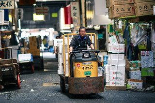 Turret truck at Tsukiji Fish Market