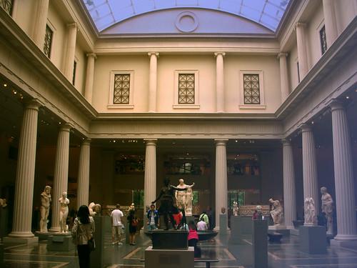 "Museo Metropolitano de Arte  Nueva York, EUA • <a style=""font-size:0.8em;"" href=""http://www.flickr.com/photos/30735181@N00/38897347341/"" target=""_blank"">View on Flickr</a>"
