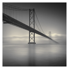 Ponte 25 de Abril II (Vesa Pihanurmi) Tags: bridge ponte ponte25deabril lisbon lisboa fog architecture mist monochrome longexposure