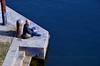 Timidi cenni di modica meditazione (encantadissima) Tags: torino italia murazzi po scalinata giovane uomo libro pensieri meditazione graffiti blu acqua fiume piemonte