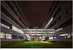 Helix op de TU/e (NH018822) (nandOOnline) Tags: tu tue avond eindehoven gebouw helix nacht reflectie scheikunde school technischeuniversiteit tiltshift tse universiteit verlichting eindhoven nbrabant nederland