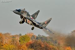 Polish Air Force Mikoyan-Gurevich MiG-29UB Red 15 (Nigel Blake, 15 MILLION views! Many thanks!) Tags: polish air force mig 29 nigelblakephotography nigelblake mikoyangurevich mikoyan gurevich military fighter aircraft cold war mig29ub red 15 fulcrum mińsk mazowiecki