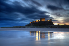 Bamburgh Dawn (hapulcu) Tags: angleterre bamburgh britain england herbst inglaterra northumberland uk automne autumn autunno dawn morning toamna