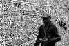 Street Art (Serge Dejonckheere) Tags: brussels bruxelles noiretblanc blackandwhite monochrome streetphotography photoderue candid rx100 artderue streetart