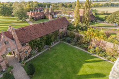 Sissinghurst Castle, Kent, view from the gate tower. (Scotland by NJC.) Tags: sissinghurst kent england uk lawns oasthouses farmland floweringborders autumn garden حَدِيقَة jardim 花园 vrt zahrada have tuin jardín puutarha garten κήποσ giardino 庭 정원 hage ogród grădină сад trädgård สวน bahçe vườn flower زَهْرَة flor 花 cvijet květina blomst bloem plant kukka fleur blume λουλούδι fiore 꽃 kwiat floare цветок blomma ดอกไม้ çiçek квітка hoa gardenofengland barnrestaurantandshop nationaltrust
